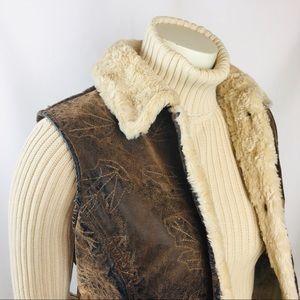 Woolrich | Brown Saddle Leaves Faux Fur Vest M